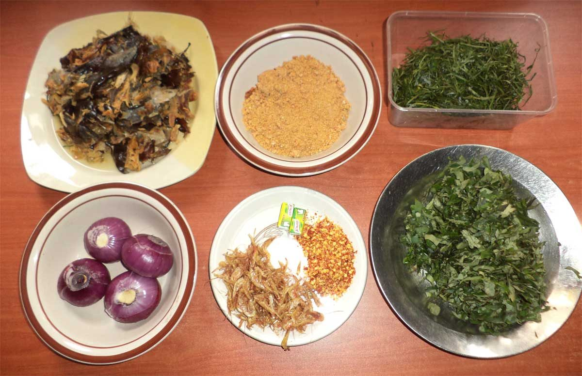 Recipe: How to cook ogbono soup with smoked and dried catfish